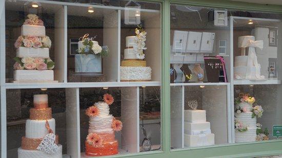Auchtermuchty, UK: Window Display