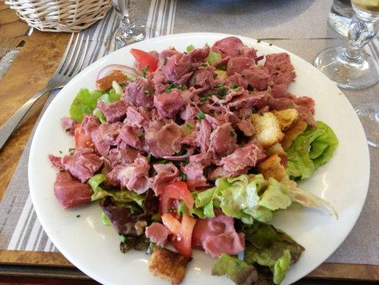 Lyons-la-Foret, Francia: grande salade de gésiers