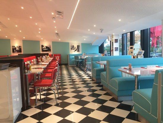 holly 39 s diner chambray chambray les tours restaurantbeoordelingen tripadvisor. Black Bedroom Furniture Sets. Home Design Ideas