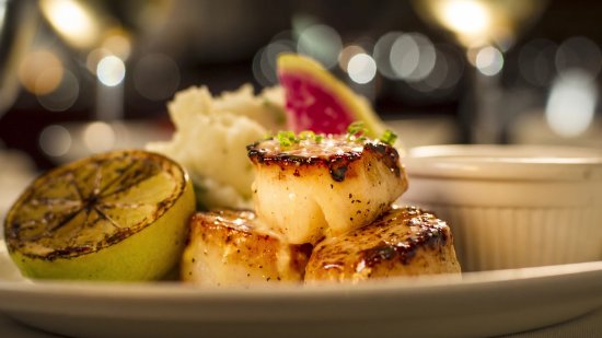 Truluck's Seafood, Steak and Crab House: Pan Seared Scallops