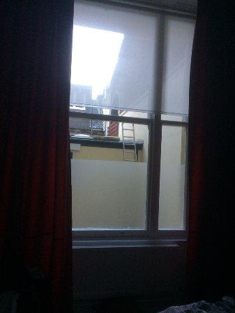 The Queen's Gate Hotel: Chambre n°6 que l'on a eu à notre arrivée