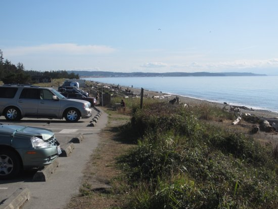 Oak Harbor, WA: West beach, looking South