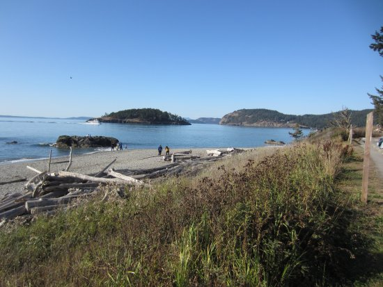 Oak Harbor, WA: West beach, looking to entrance of Deception Pass