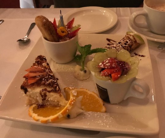 Bunnell, FL: Dessert sampler - YUM!