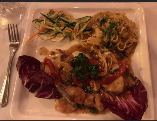 Bunnell, FL: The Romantica dinner - delicious!
