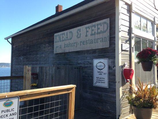 Coupeville, WA: Knead & Feed