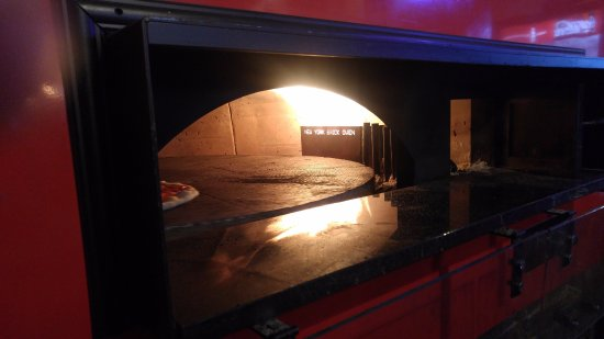 Del Rio, TX: turn table type wood oven