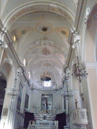 Arcola, Italien: La navata centrale del Santuario
