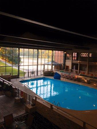 Radisson Hotel Louisville North Photo