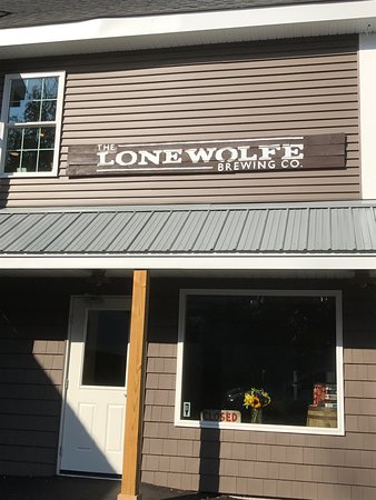 The Lone Wolfe Brewing Company: photo0.jpg