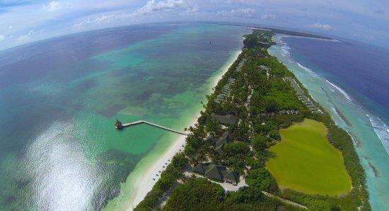 Addu Atoll: over Herathera Island