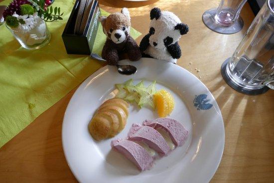 Plon, Germany: Himbeereisparfait mit Vanillesauce und Früchten