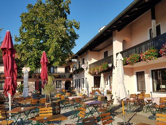 Grabenstaett, Germany: Schöner Biergarten