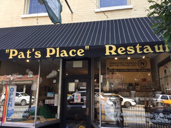 Pat's Place: Outside pic
