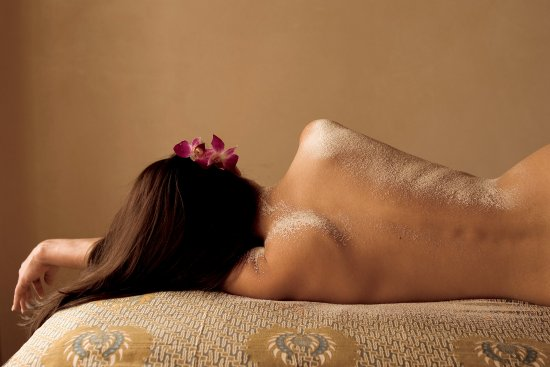 Absolute Nirvana Spa & Gardens : Choose from one of our many scrubs, all made in house, for an extra post-massage treat.