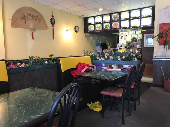 Small Older Type Decor Picture Of Don Don Chinese Restaurant Carnegie Tripadvisor