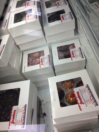 Point Pleasant, NJ: freezer case w/ ice cream cupcakes