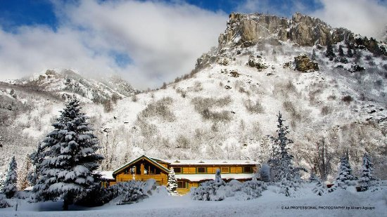 Alaskan Inn Picture