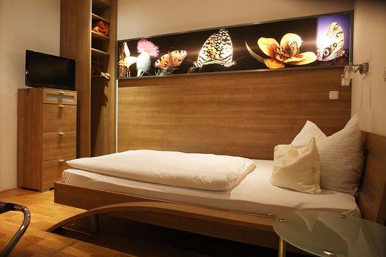 Munderfing, Австрия: eines unserer Einzelzimmer