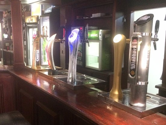 Abingdon, Илинойс: 4 different drafts on tap
