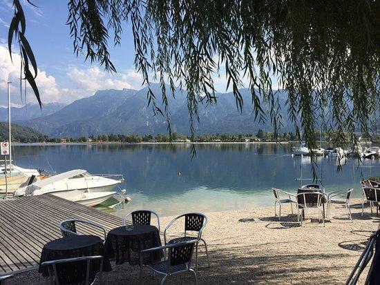 Lago di Caldonazzo vom Hotel La Piroga. Genialer Blick auch von der Kirche hoch oben. Kirchweg z