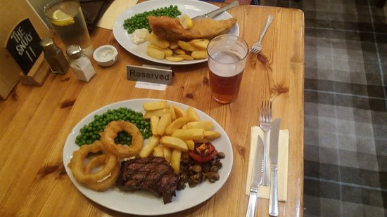 Drakes Broughton, UK: As we have said before best fish and chips around and the steak was great