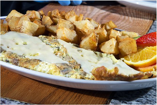 Casselberry, FL: Cheese Omelette