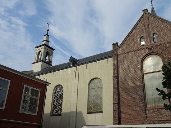 -Katholieke St.Nicolaaskerk Muiden uit 1822-