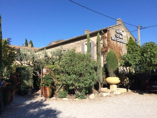 Le Mas Des Carassins Hotel: Le Mas des Carassins à St Rémy