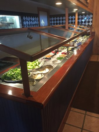 Jensen Beach, Флорида: Small but clean and well stocked salad bar.