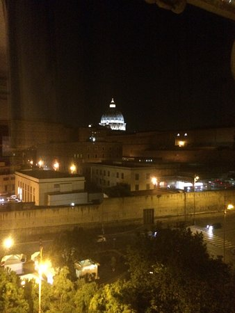 A View of Rome B&B: you can watch the area come to life each day