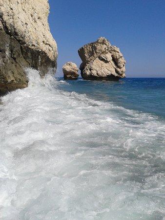 magic sea foam - Picture of Aphrodite's Rock, Kouklia