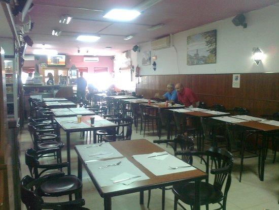 Almaden, Spania: uno de los salones-comedor