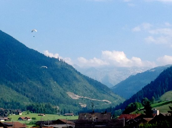 Zweisimmen, Швейцария: view from few blocks away