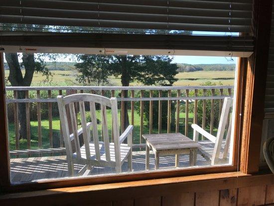 East Sandwich, MA: Window view Room 1