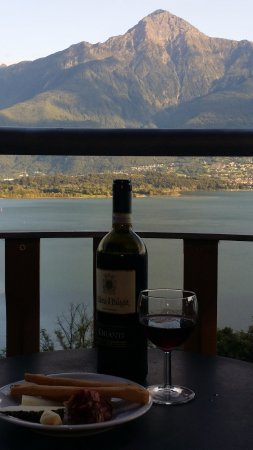 Trezzone, Italy: Happy hour on our terrace