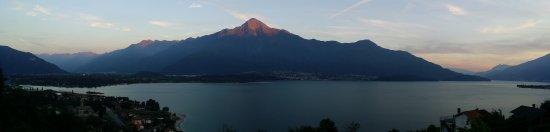 Trezzone, Italy: Sunset view