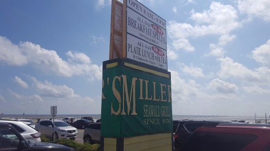 Miller's Seawall Grill: Special offers are advertised to passersby