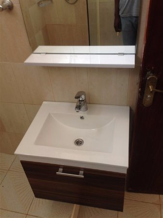 Boma, Democratic Republic of the Congo: The bathroom sink/ Le lavabo