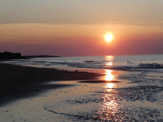 Lakeside, Kanada: beach at sunset