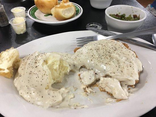Odessa, MO: Thompson's Country Kitchen