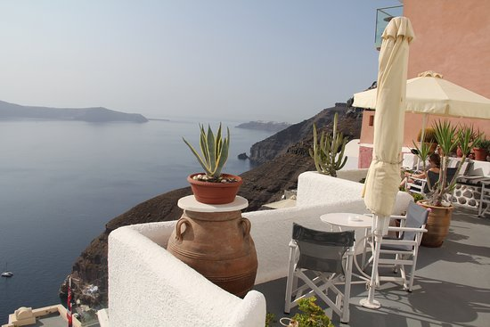 Hotel Kavalari: the patio right outside our door