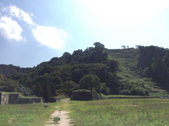 Gassan Toda castle: photo3.jpg