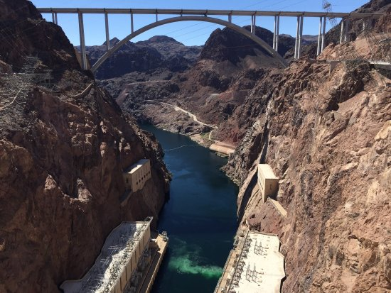 Picture of hoover dam tour company las vegas for Hoover dam motor coach tour