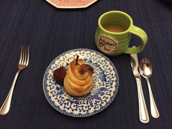 The Angler's Inn Bed and Breakfast: Poached Pear breakfast