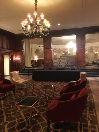 The Hotel Roanoke & Conference Center, Curio Collection by Hilton: photo1.jpg