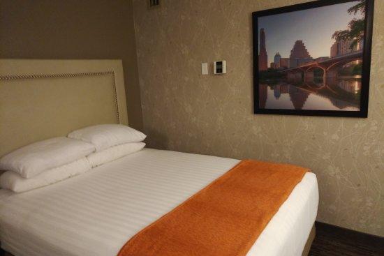 drury inn suites austin north picture of drury inn. Black Bedroom Furniture Sets. Home Design Ideas