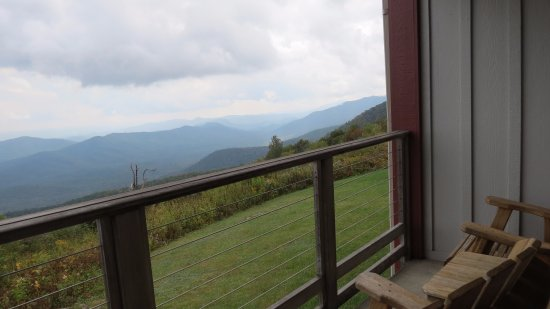 Pisgah Inn: This is what 5000 ft looks like from your balcony