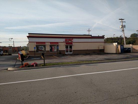 KFC, Greensburg - 975 E Pittsburgh St - Photos ...