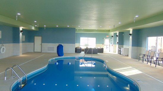 Wapakoneta, OH: Swimming Pool